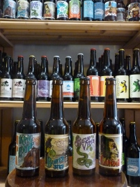 montpellier ecusson cave bière artisanale locale bio deli malt delimalt craftbeer craft beer condor king louie bush viper bower bird zoobrew animale